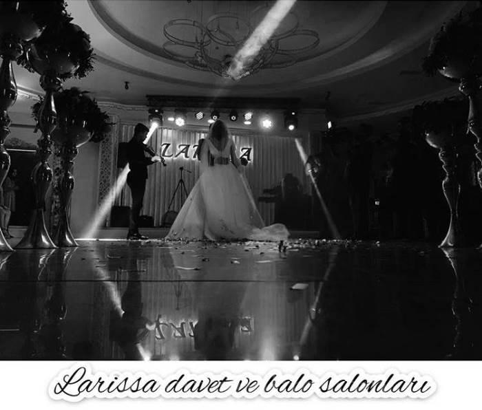 Larissa Davet Ve Balo