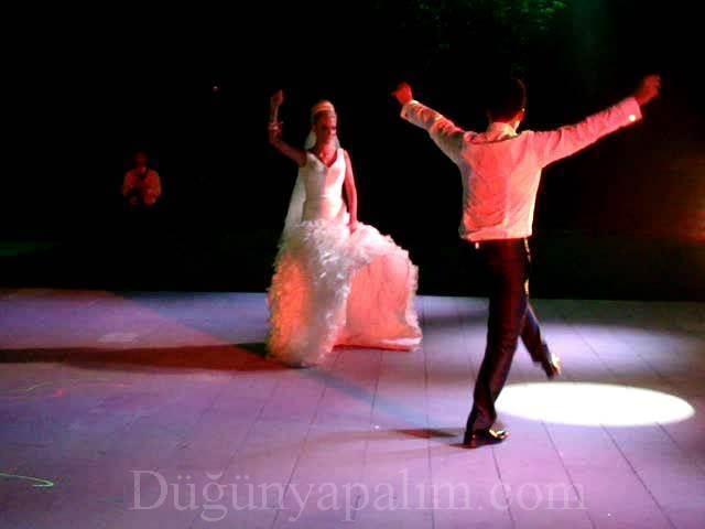 Shaka Dance