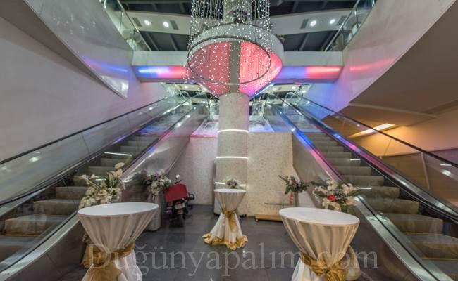 Crystal Davet Balo Salonları